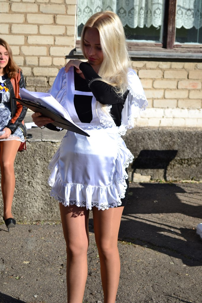 самая красивая школьницы и сексуальная девушка в трусиках фото
