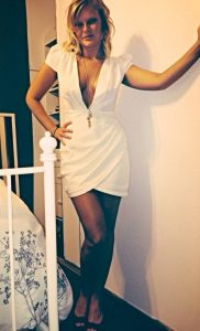 girls-in-sexy-tight-dresses-12