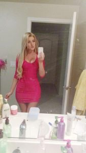 girls-in-sexy-tight-dresses-15