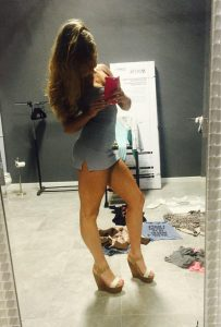 girls-in-sexy-tight-dresses-23