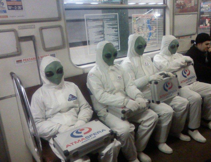 чудики в метро 16
