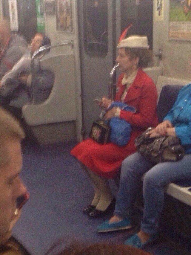 чудики в метро 9