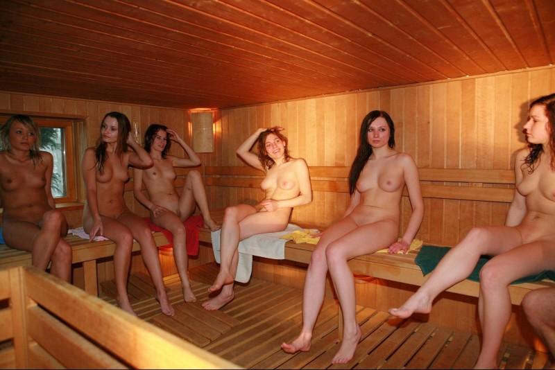 откровенные фото девушек в бане