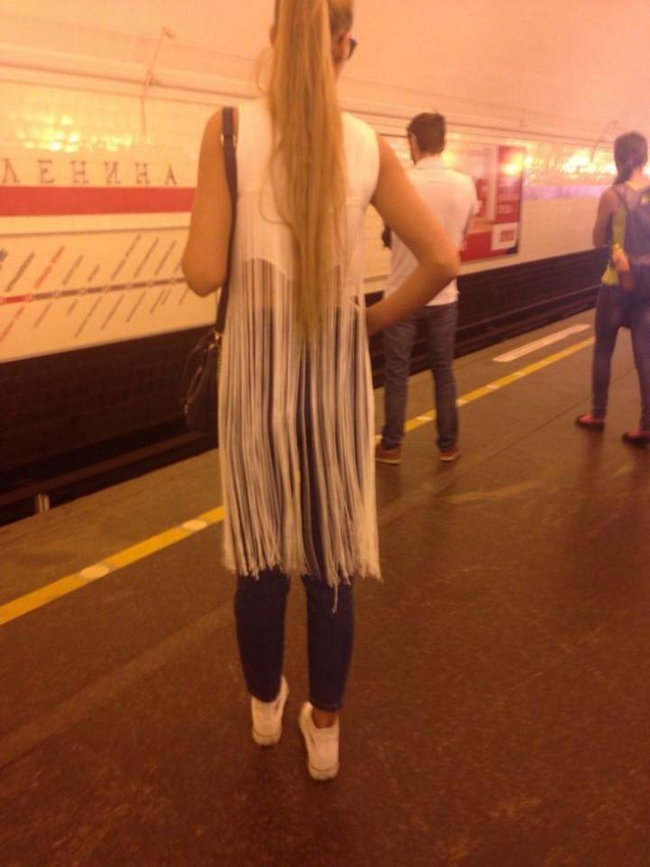 Модники из pоссийского метрополитена 06