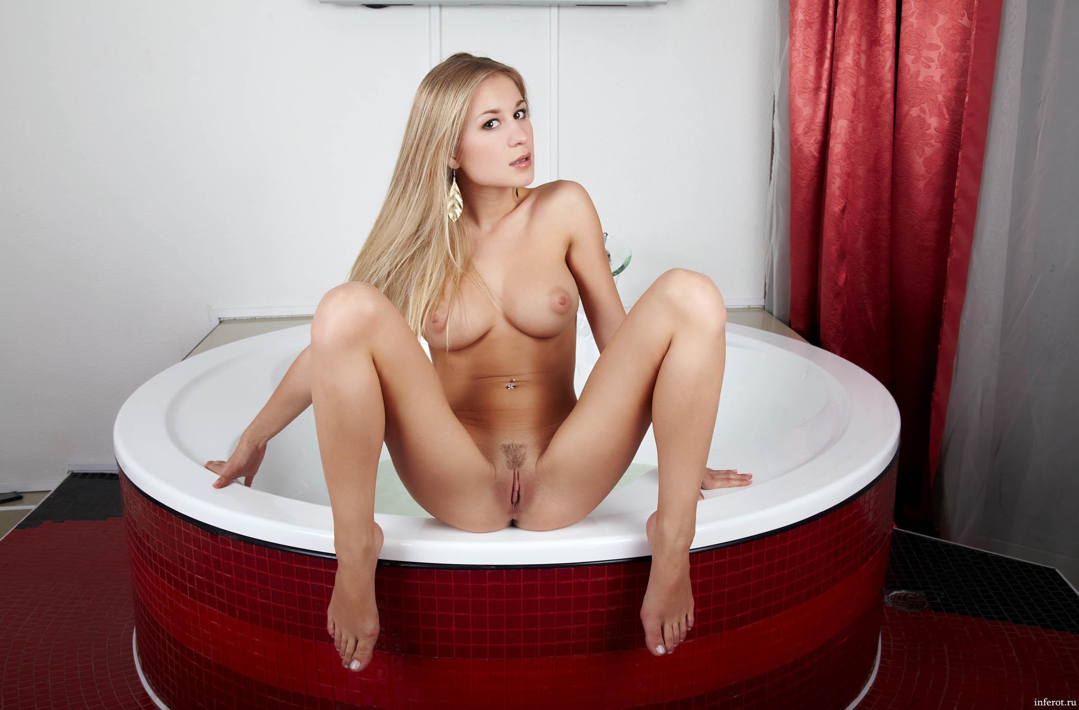 Чувственное порно в ванной комнате 24 фотография