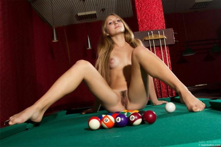 Фото голые девушки фото игры