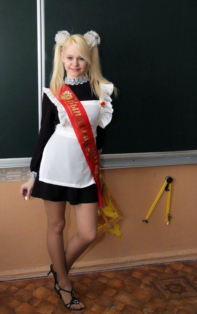 девушки в школьной форме 13