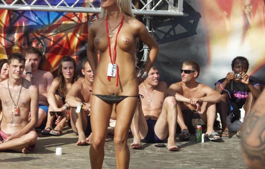 фото голых девушек с казантипа