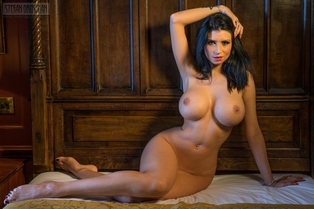 Фото голых девушек с шикарными фигурами