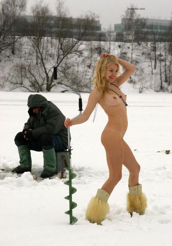 рыбалка голыми девушками