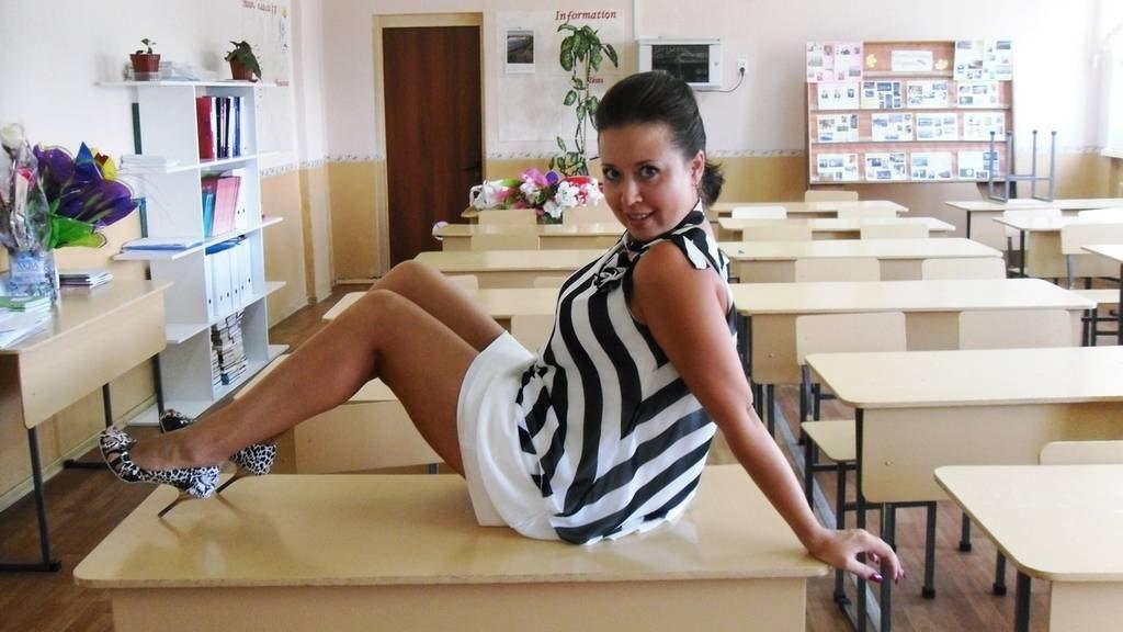 Порно ролики с училками секс в школе  Pornoclubtv