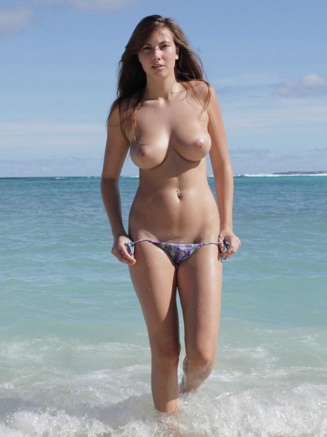 Sexy Woman Topless On The Beach Nude Luxuretv 1