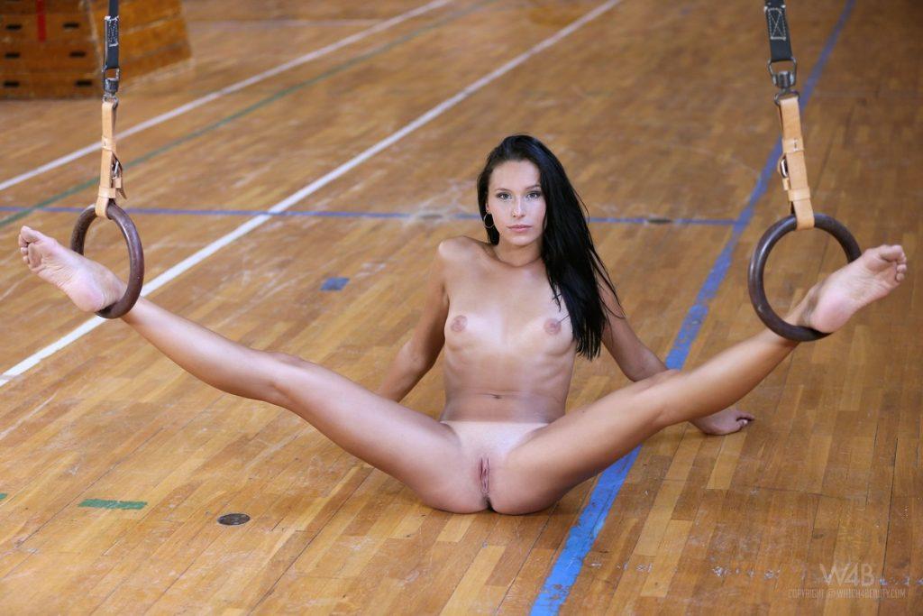 порно фото гимнасток молодых