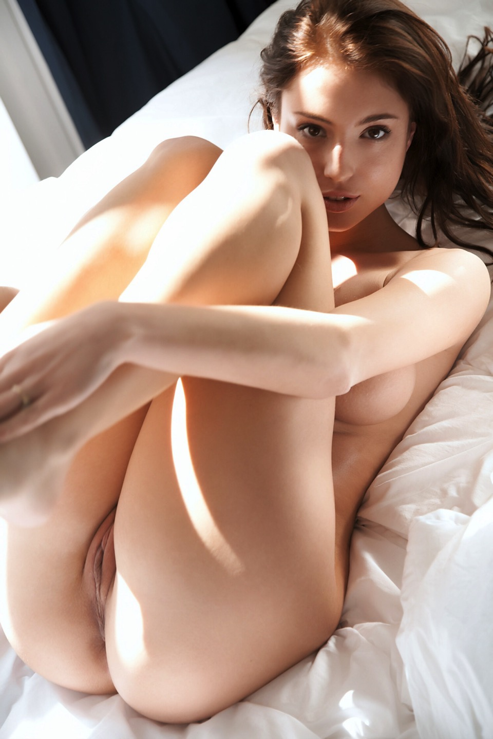 Naked hot young sexy girl pictures