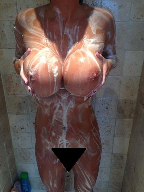 огромный женский бюст порно фото