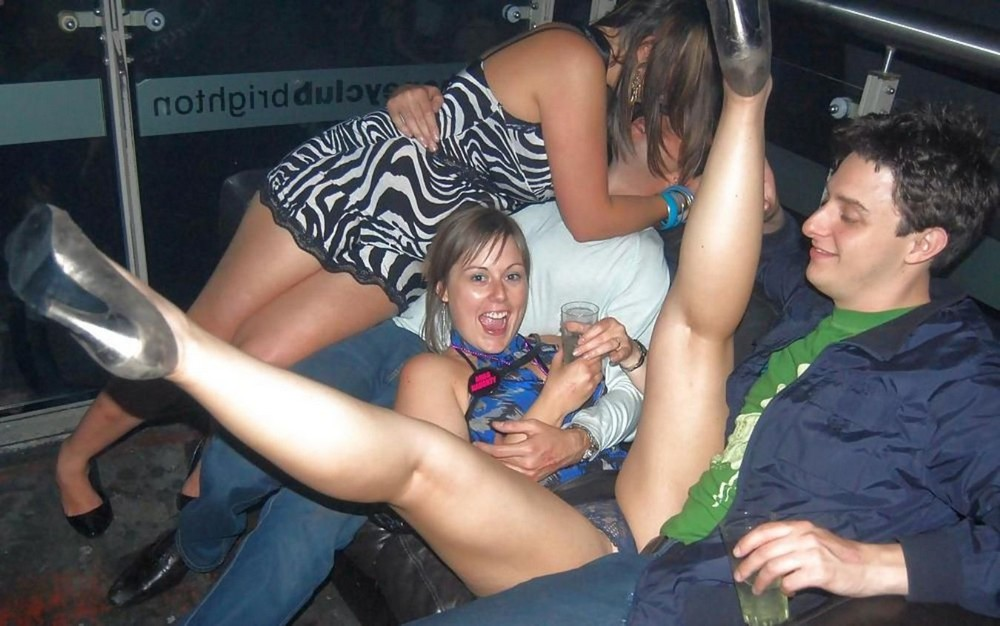 drunk-party-girls-upskirt