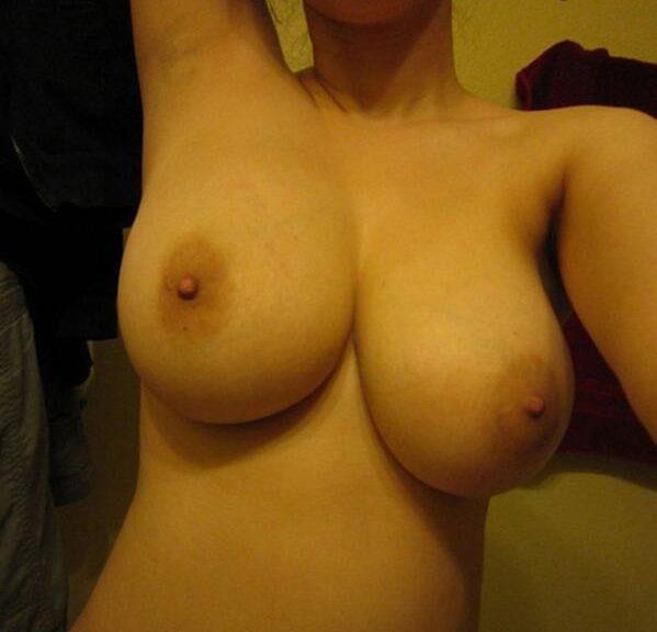 фото грудей обнаженных