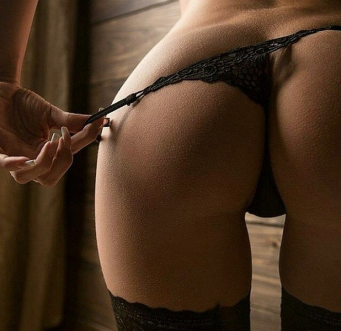 1459868404_goosebumps-thong-sexy-butt