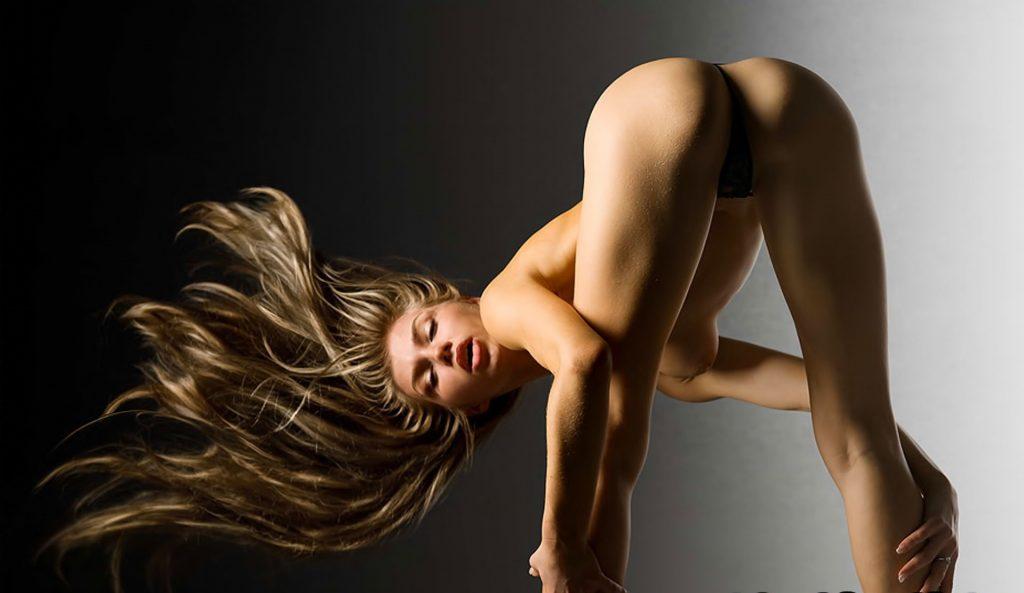 erotichnie-pozi-dlya-fotografii