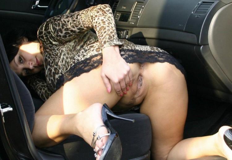 секс с азеатками в машине