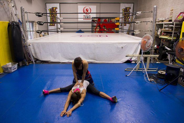 womens_wrestling_08