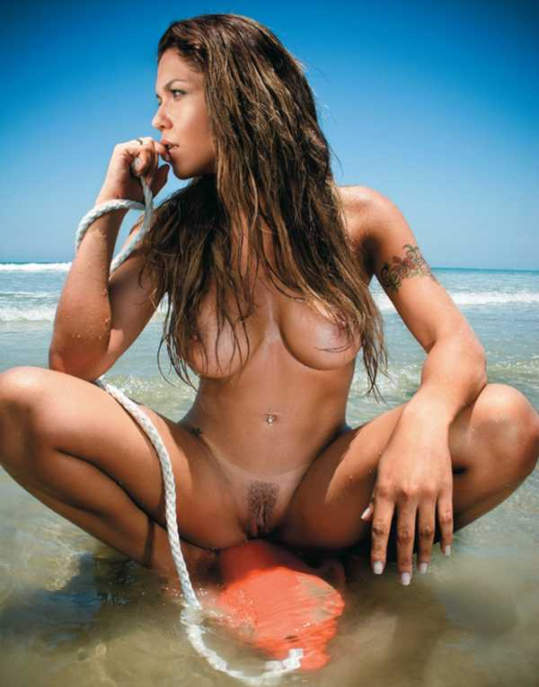 baywatch-nude-girls