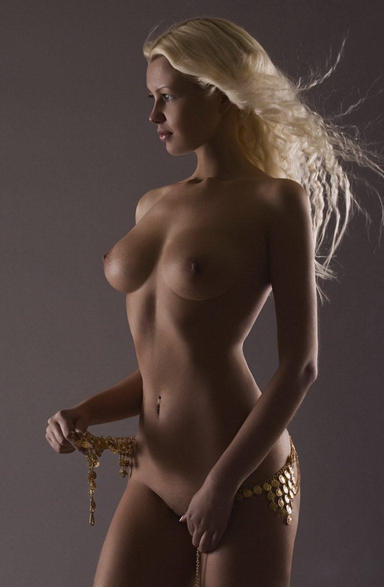 krasivie-zhenshini-erotika-foto