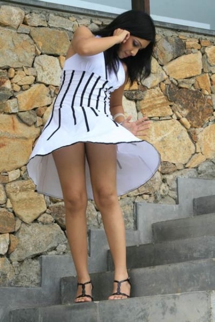 Фото в коротких юбках