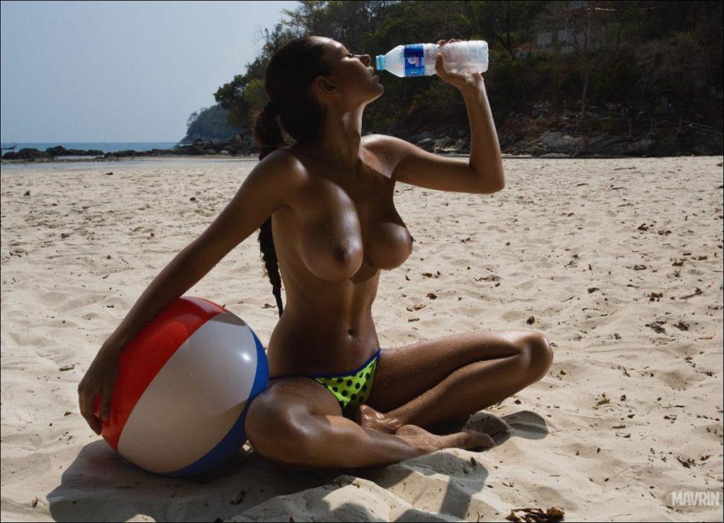 seksi-foto-topless