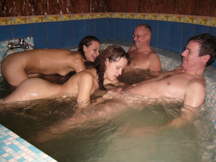 в сауне с проститутками фото