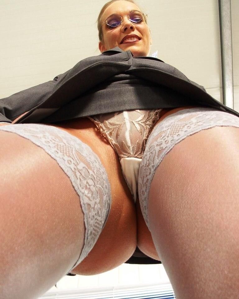 сайт моему Порно скрытая камера в жопу точка зрения, познавательно.. ОГО