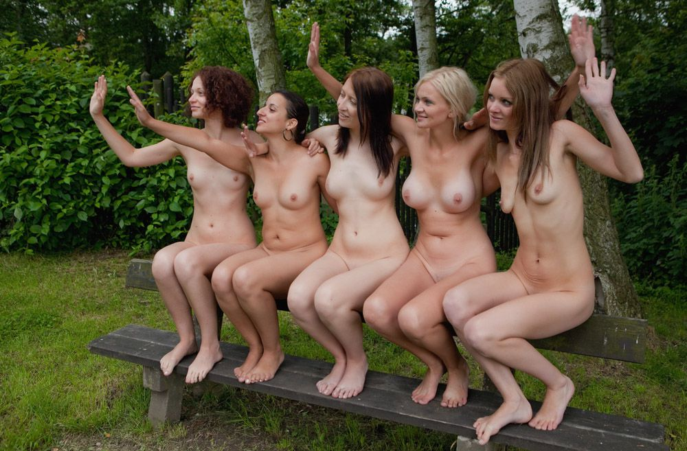 Multiple nude australian models