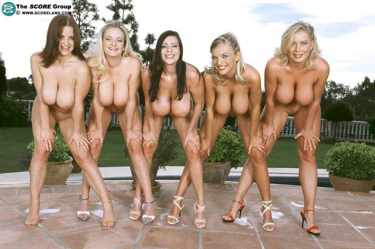 Смотреть фото толпы голых женщин