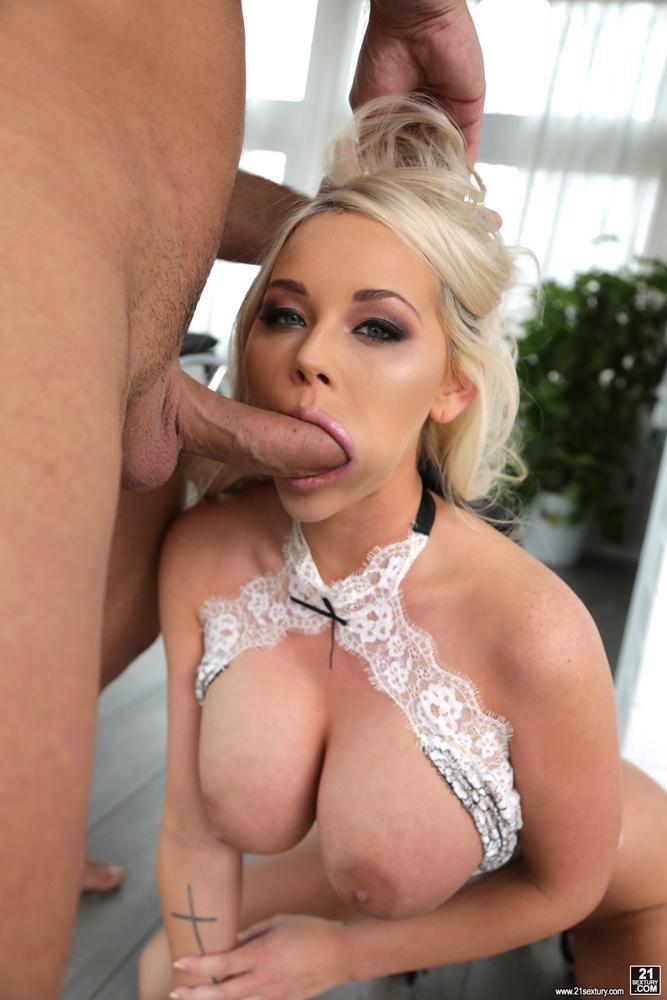 Big tits blonde hair blowjob