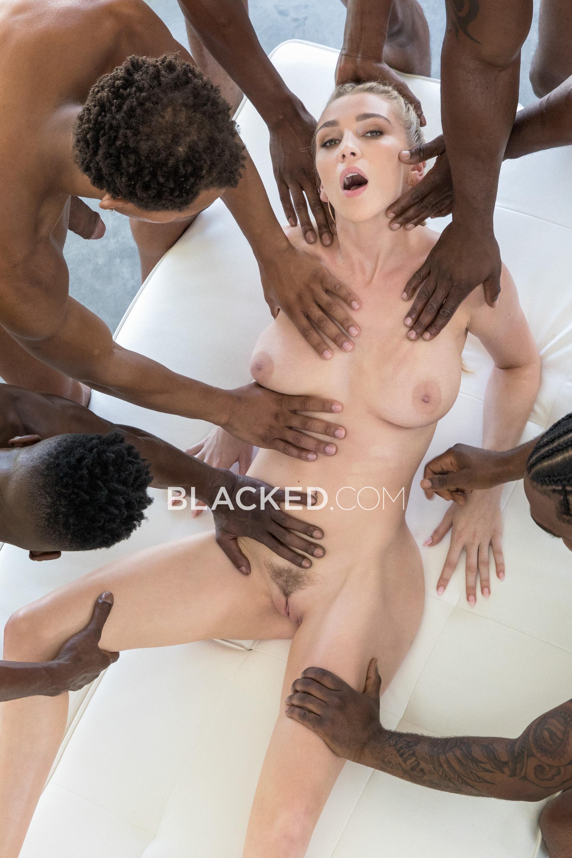 девушек после массажа порно