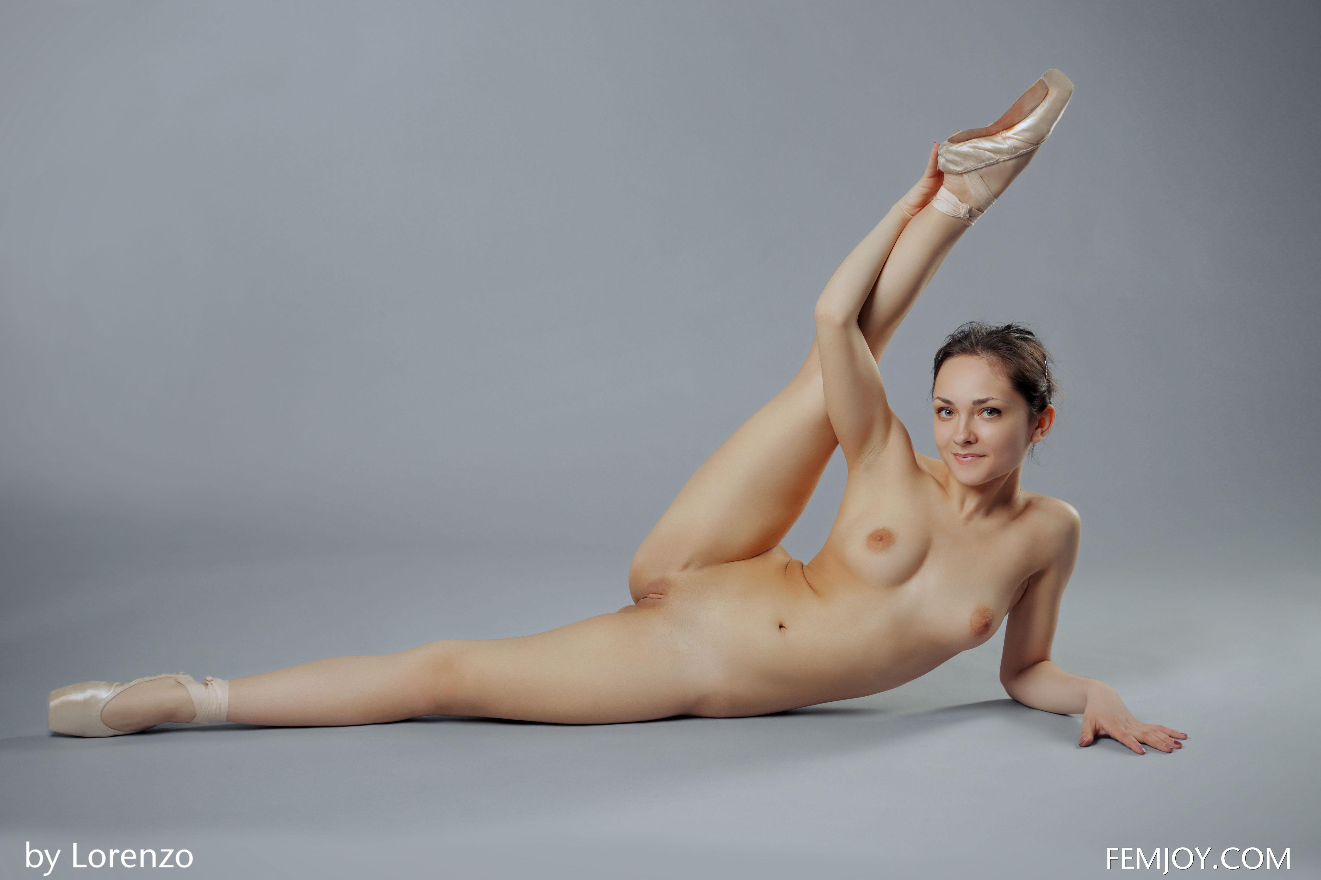 ГОЛЫЕ ДЕВКИ  Смотреть фото голых и сексуальных девок