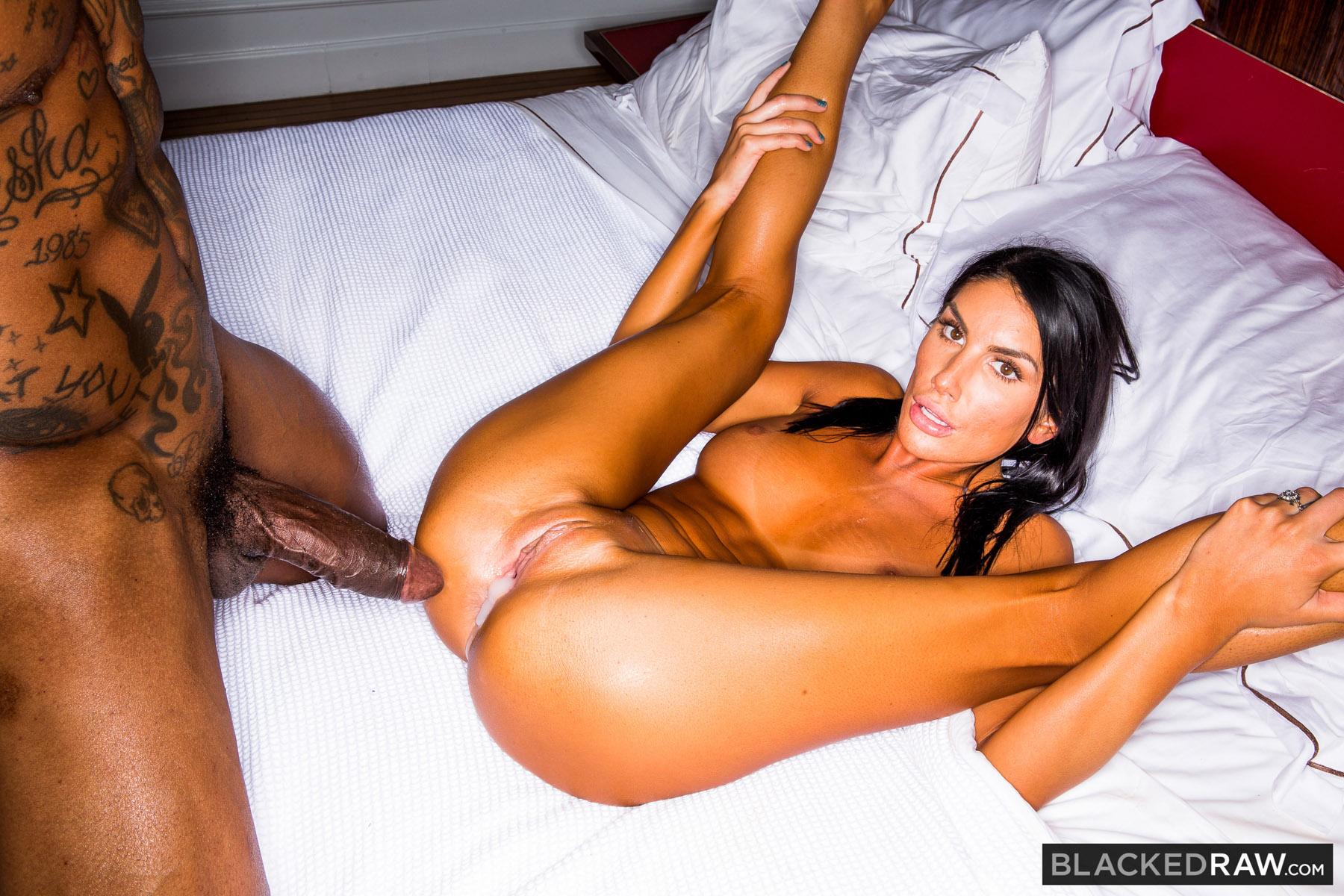 pussy-sex-black-magic-pic-milf-cougar-blowjob