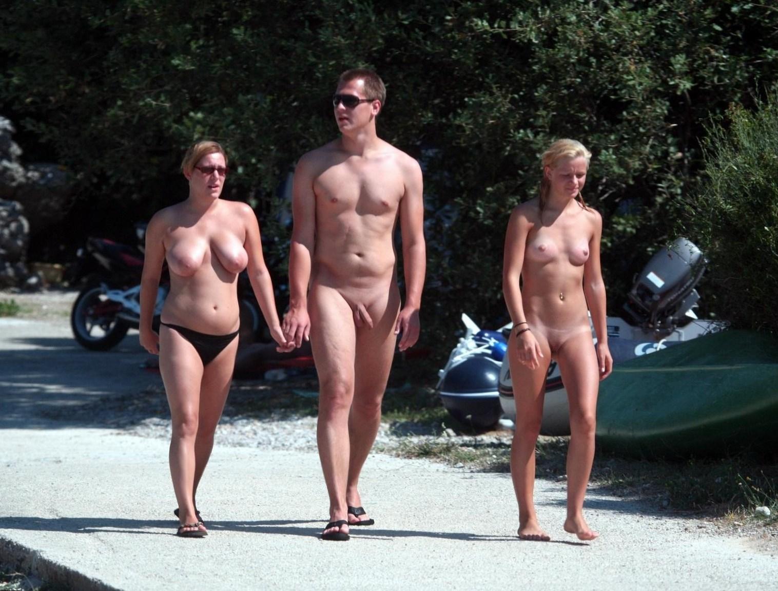 nude-family-campfire