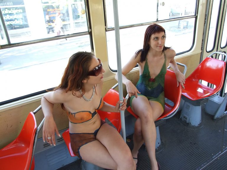 Girls flashing pussys on the bus, brother fucking hairybush sister
