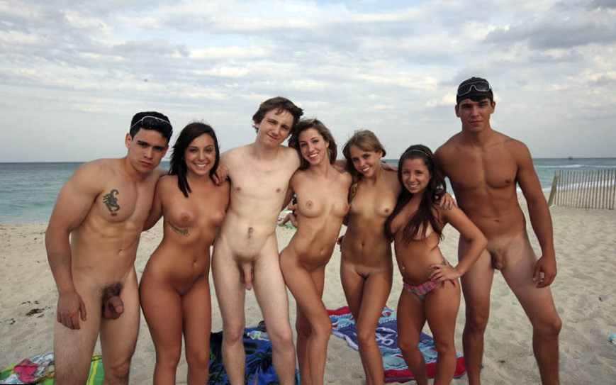 beach-naked-group-of-women-and-men