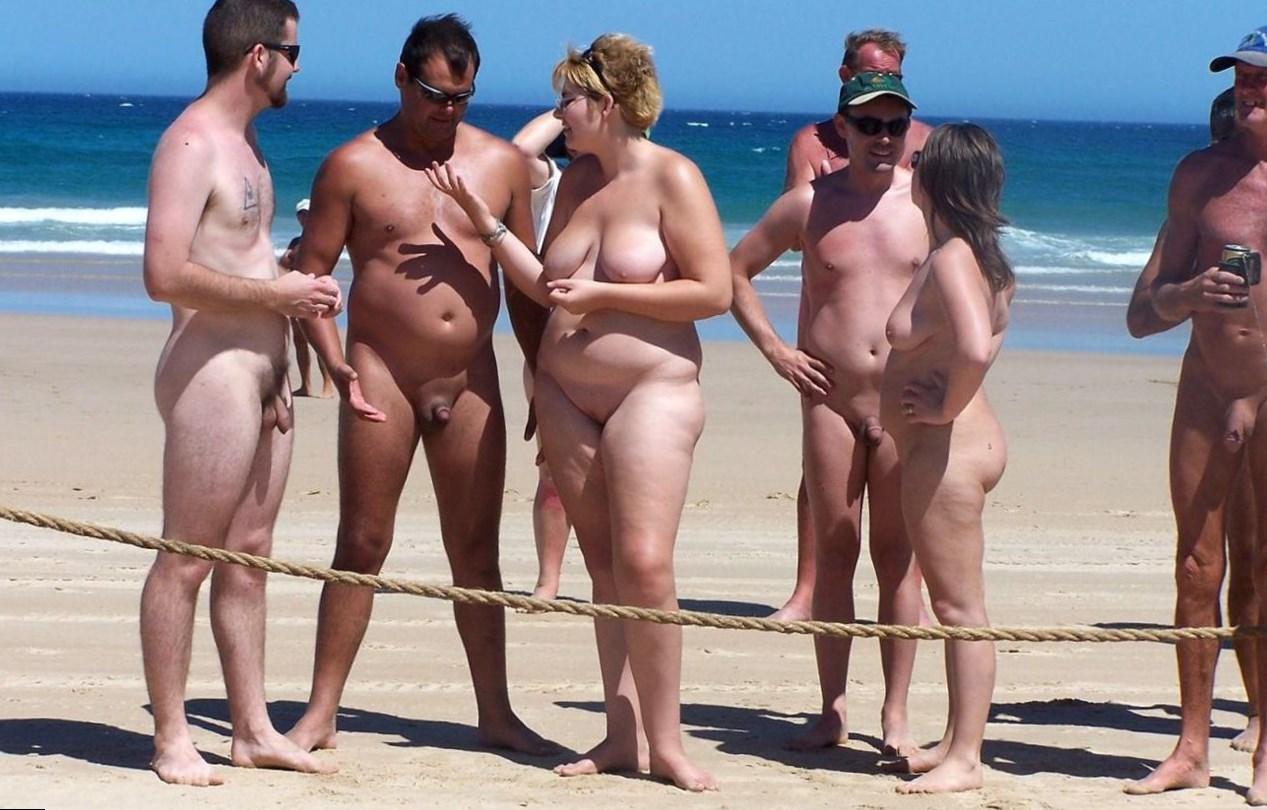 naked-people-sex-on-beach