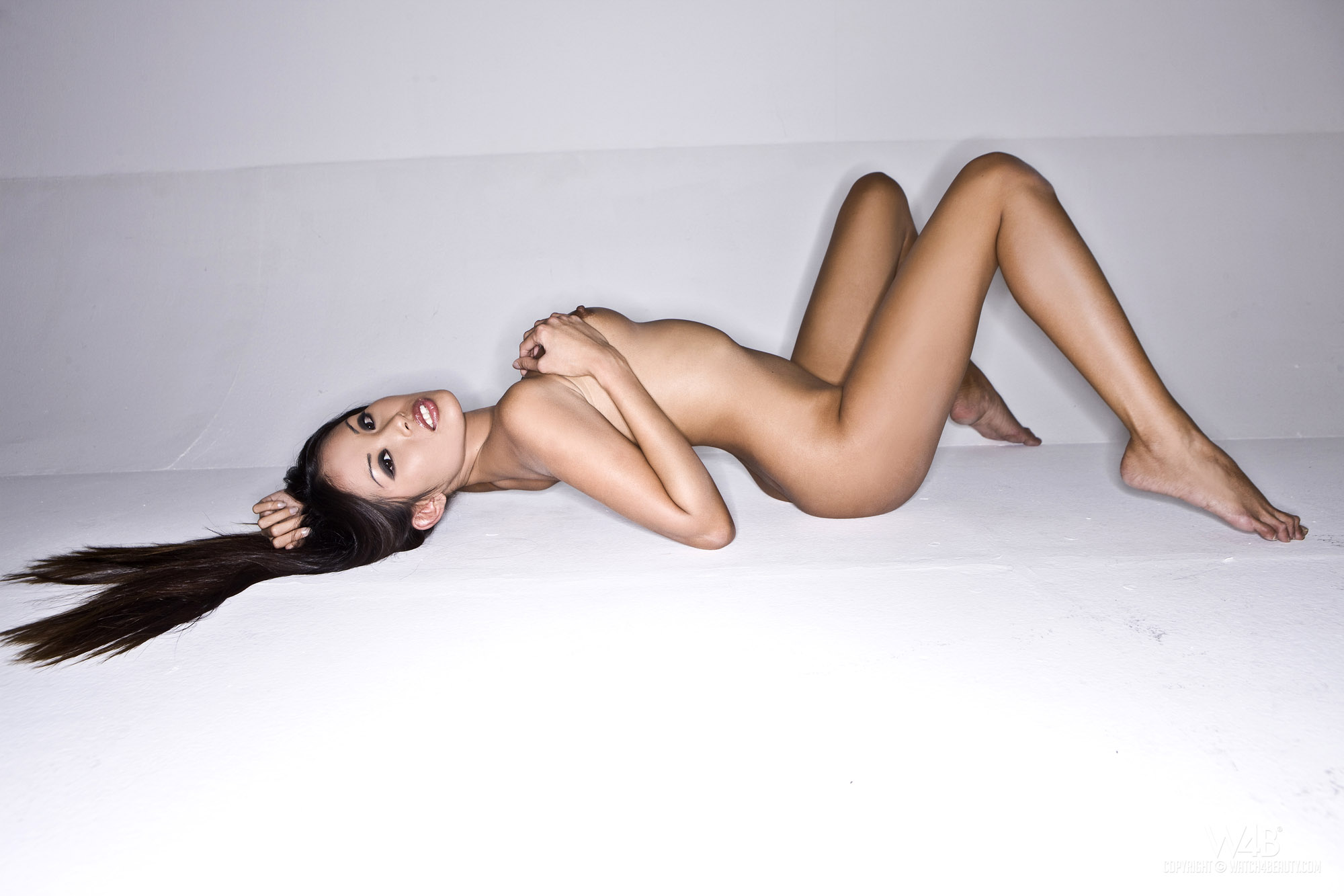 Kim kardashian naked photoshoot