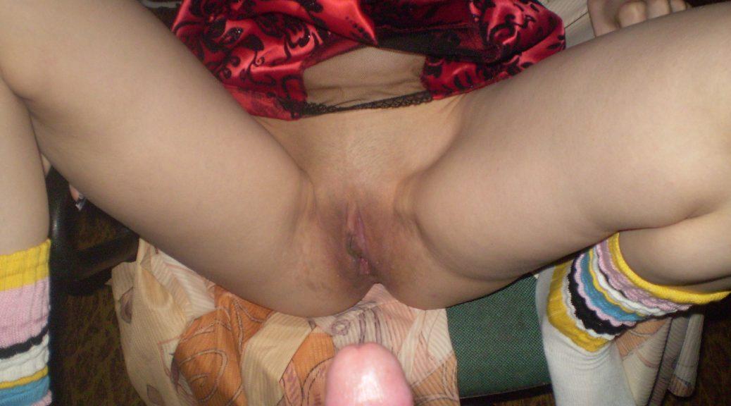 onlayn-porno-foto-molodih-russkih-devushek-u-sebya-doma-seks-kak