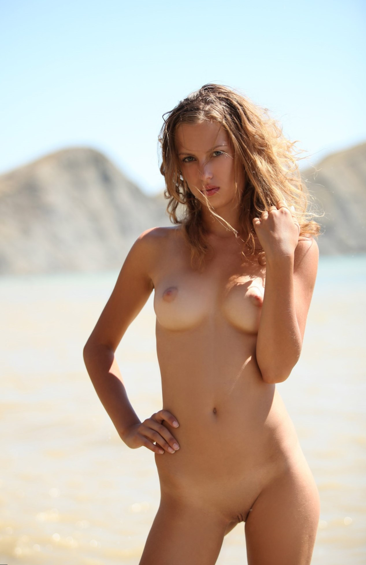 Mary Mccormack Nude Pics, Page