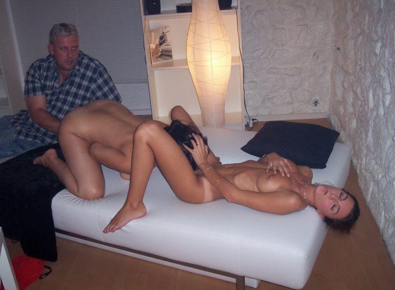 Petite amateur wife threesome